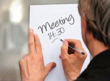 meeting-552410_1280.jpg